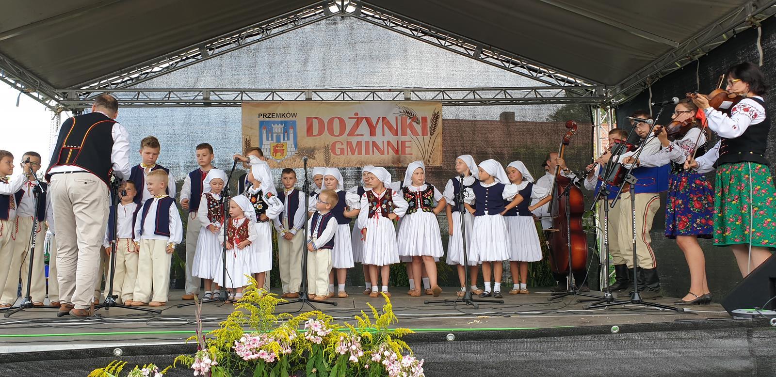 Łastiwczata na Dożynkach Gminnych w Jędrzychówku 25.08.2019
